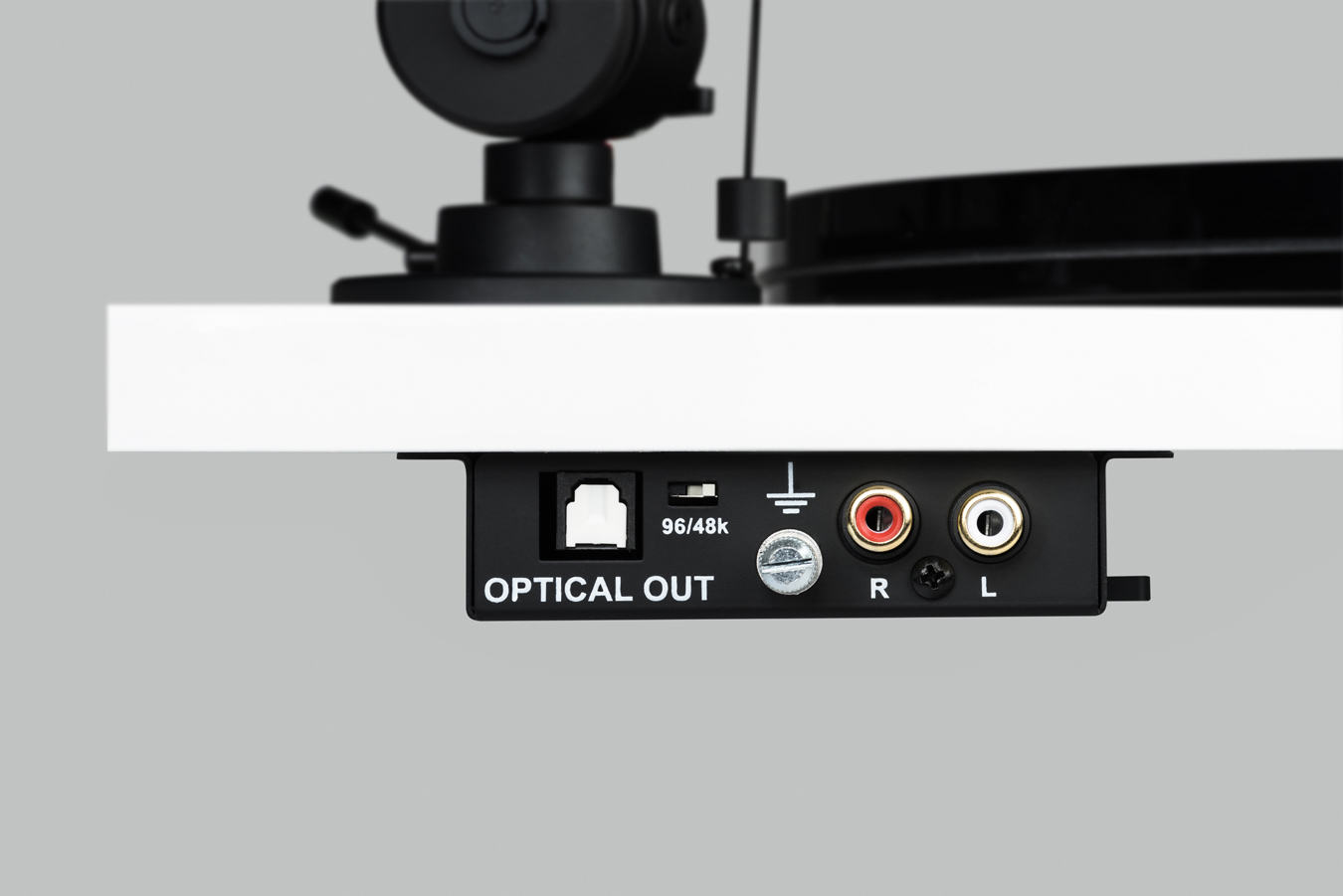 Pro-Ject Essential III Digital (Ortofon OM 10) piano red