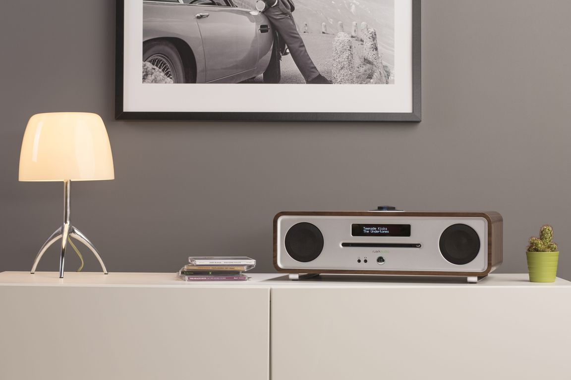 Ruark Audio R4 MK3 rich walnut